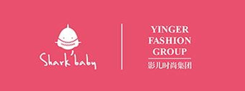 原创潮流配饰品牌SHARKBABY鲨鱼甜心与知名一线服装品牌影儿时尚集团达成合作意向,彼此理解和认可对方的品牌文化价值,双方将致力于在原创配饰领域开展合作,为时尚加冕,共谱华章。